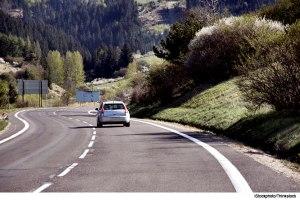 car-on-curvy-road