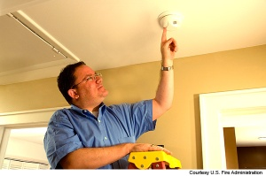 test-smoke-alarm