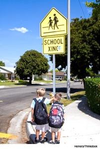 kids-at-school-crossing